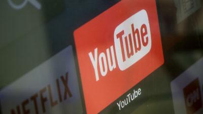Logo do YouTube em uma TV