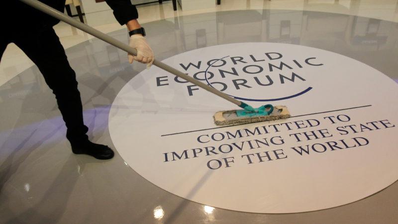 Elite de Davos: público terá que pagar a requalificação dos desempregados por causa da automação