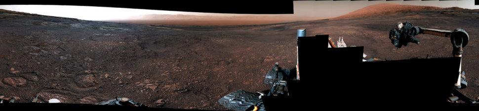 Foto panorâmica feita pelo rover Curiosity
