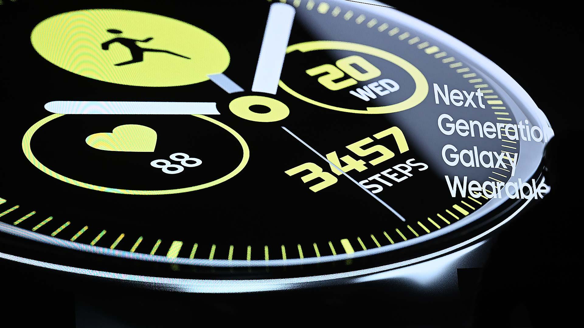 9e3e1bf61ec Samsung lança smartwatch Galaxy Watch Active e uma nova pulseira fitness -  Gizmodo Brasil