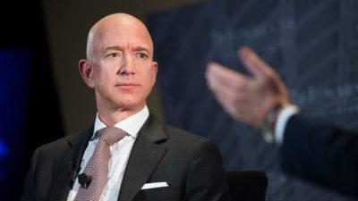 Jeff Bezos, CEO da Amazon, durante entrevista