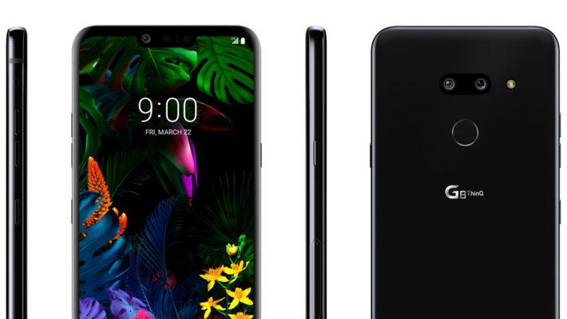 Imagem do LG G8 ThinQ. Ele aparece de frente, de costas, e pelos dois lados. Na frente, o aparelho tem um entalhe na borda de cima da tela, onde fica a câmera frontal. Atrás, ele tem câmera dupla, um leitor de digitais e a marca LG.