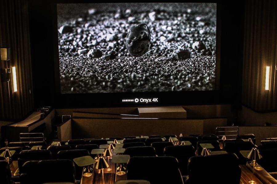 Tela de cinema Samsung Onyx 4K