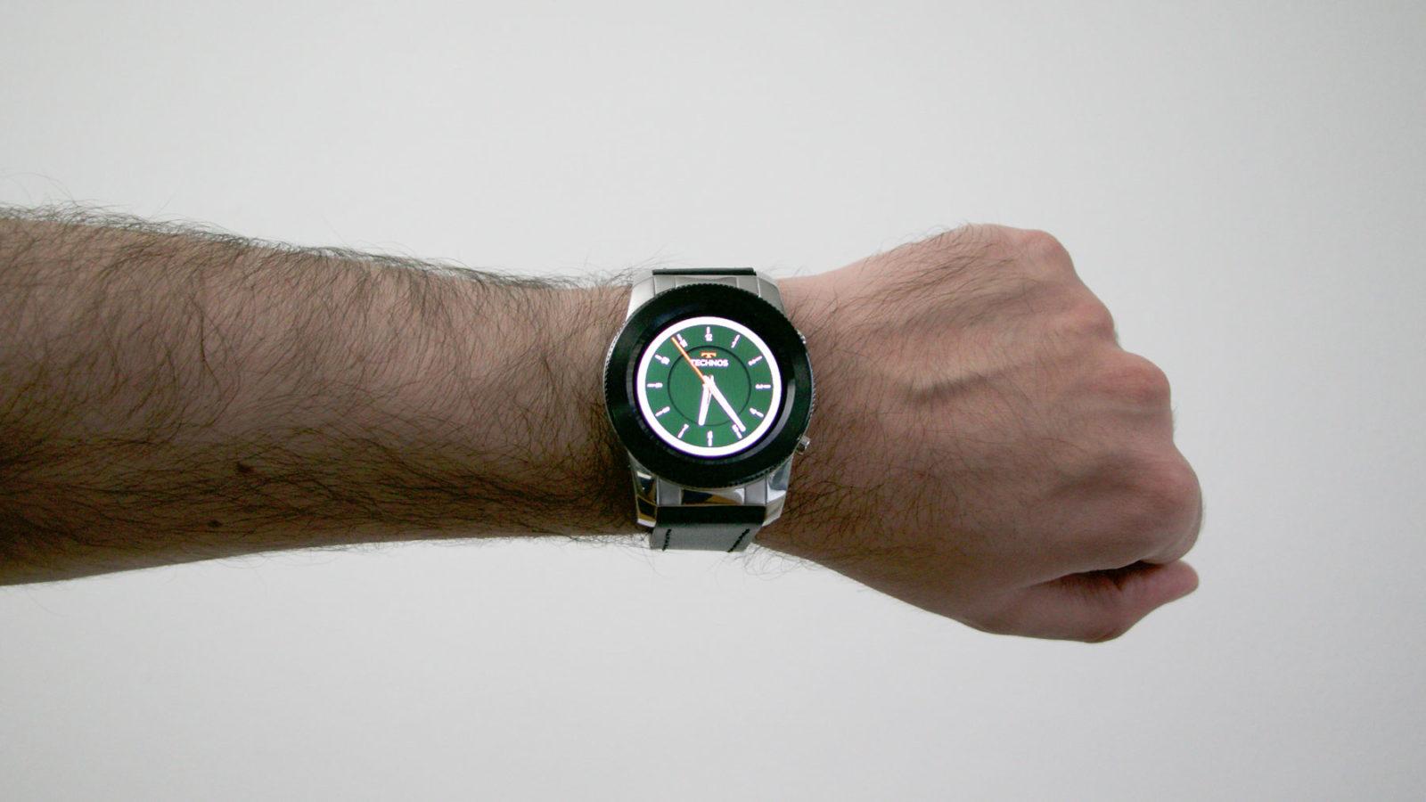 7601b4bf30516 Technos Connect 3+  um smartwatch bonitão com alguns descuidos de ...