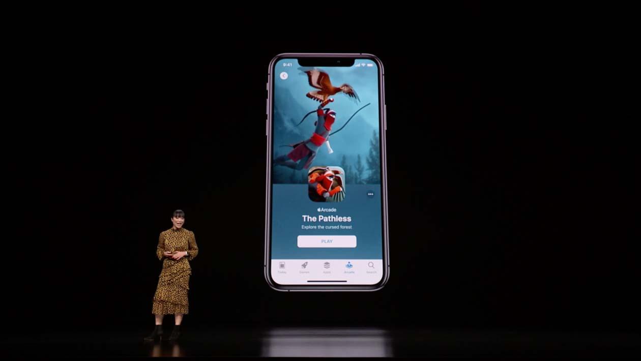 Serviço de jogos por assinatura Apple Arcade sendo anunciado em evento
