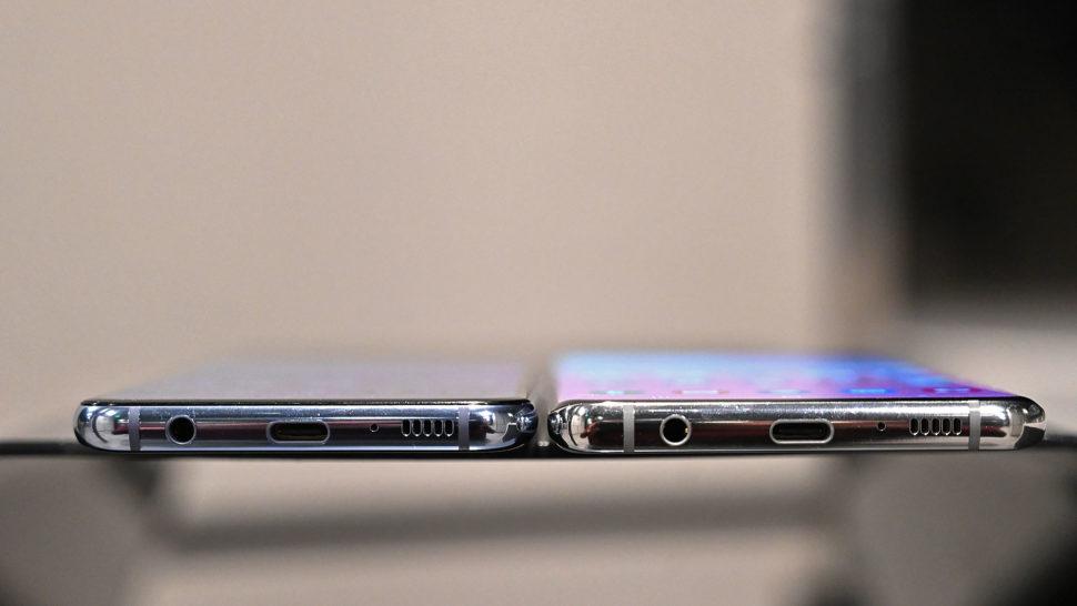 Entrada de fone de ouvido no Galaxy S10E e no Galaxy S10+