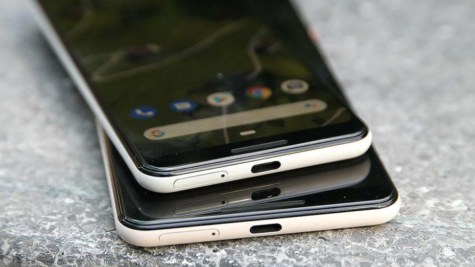Smartphones Pixel com porta USB-C à mostra
