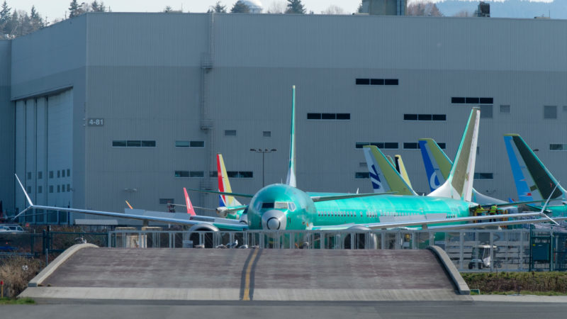 Avião Boeing 737 Max em aeroporto
