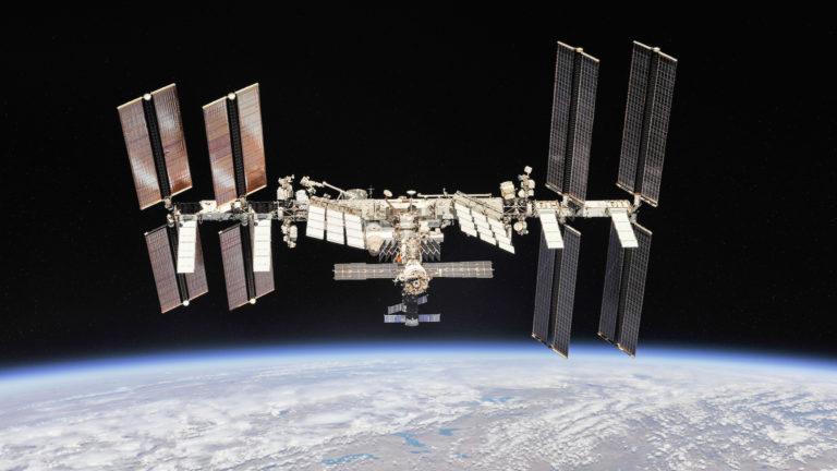 estacao espacial internacional nasa roscosmos 768x432 - As instruções religiosas que o astronauta muçulmano seguirá durante visita à Estação Espacial Internacional