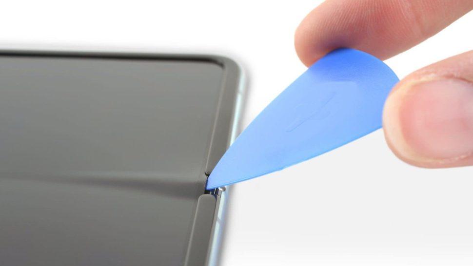 - qgxpa90dsmywfsefsbmb 970x546 - Galaxy Fold desmontado oferece pistas sobre por que o telefone apresentou defeitos