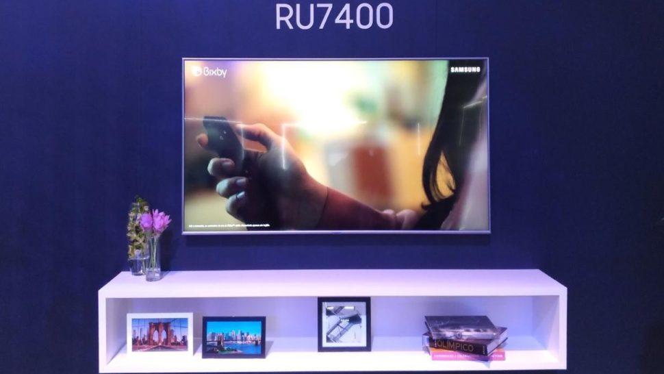 TV UHD 4K, da Samsung, modelo RUHD7400