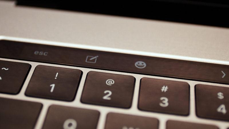 Teclado do MacBook Pro com touch bar