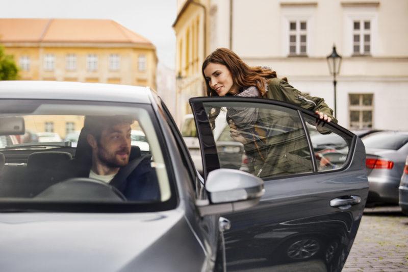 Para reforçar segurança, Uber alerta usuários a confirmarem as informações de viagem antes de embarcar