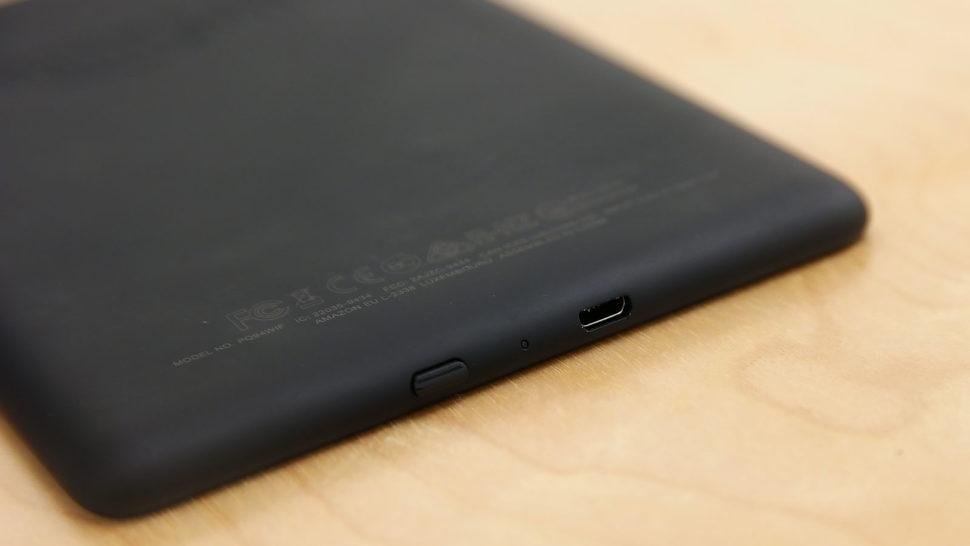 Detalhe do botão de ligar do Kindle