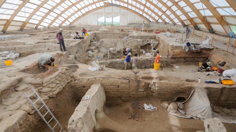 Arqueólogos descobrem que uma das cidades mais antigas enfrentou problemas surpreendentemente modernos