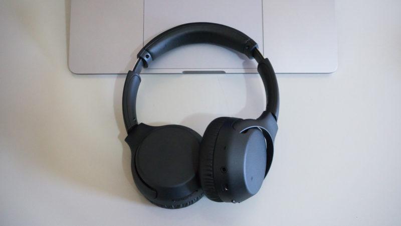 Fones de ouvido Sony WB-700