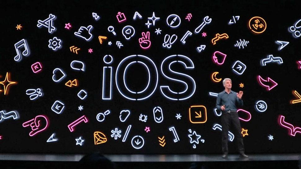 Logotipo do iOS 13 na WWDC