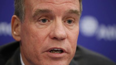 Senador democrata Mark Warner