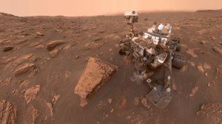 Rover Curiosity em Marte em foto de 2018