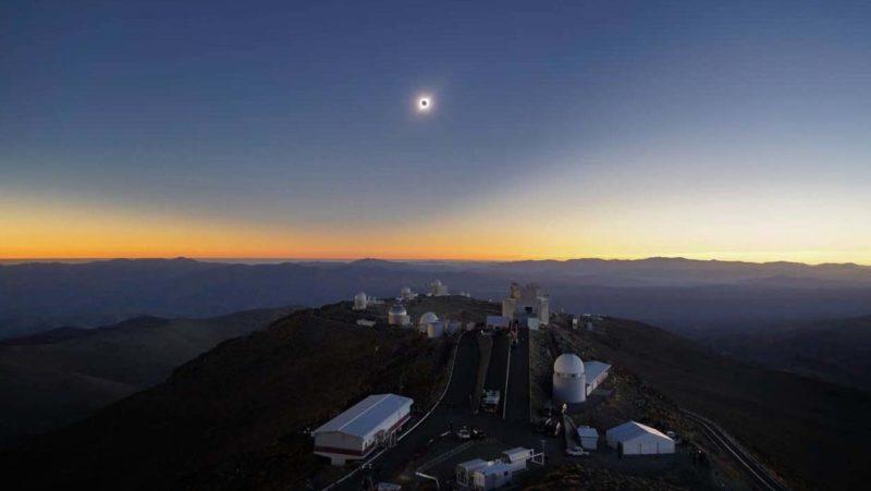 O eclipse visto do Observatório Europeu do Sul de La Silla