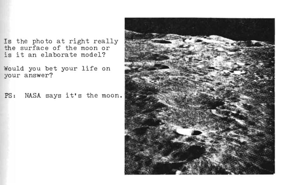 """Trecho do livro em inglês """"We never went to the Moon"""""""