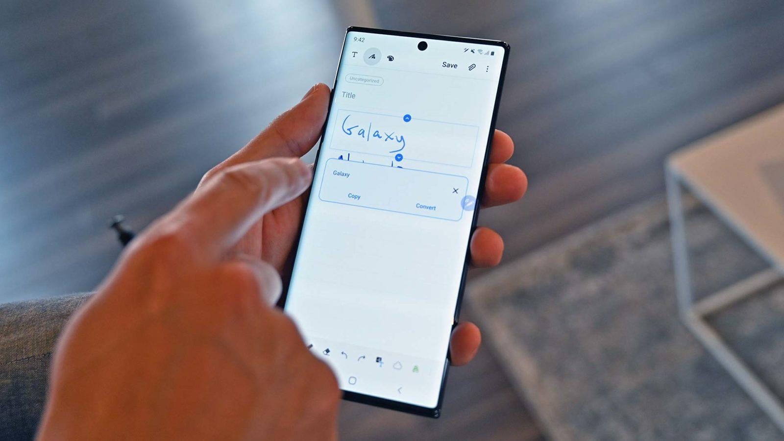 Função converte palavra feita à caneta para texto digital no Galaxy Note 10