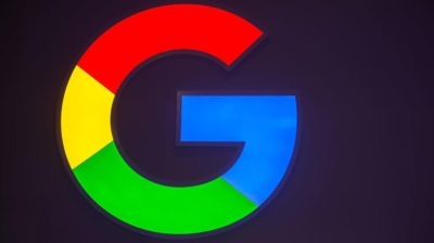 G do logo do Google sendo mostrado em uma tela
