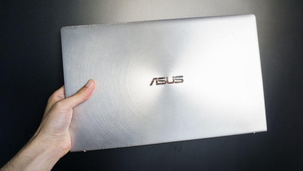 Asus Zenbook 14 fechado