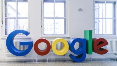 Logotipo do Google em instalações da empresa em Berlim, na Alemanha