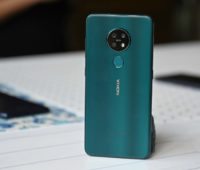 Traseira do smartphone Nokia 7.2