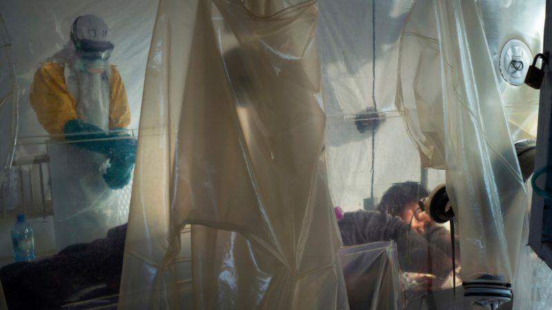 Organização Mundial da Saúde diz que a Tanzânia está retendo informações sobre casos suspeitos de ebola
