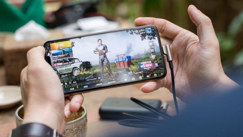 Smartphone rodando o jogo PUBG Mobile