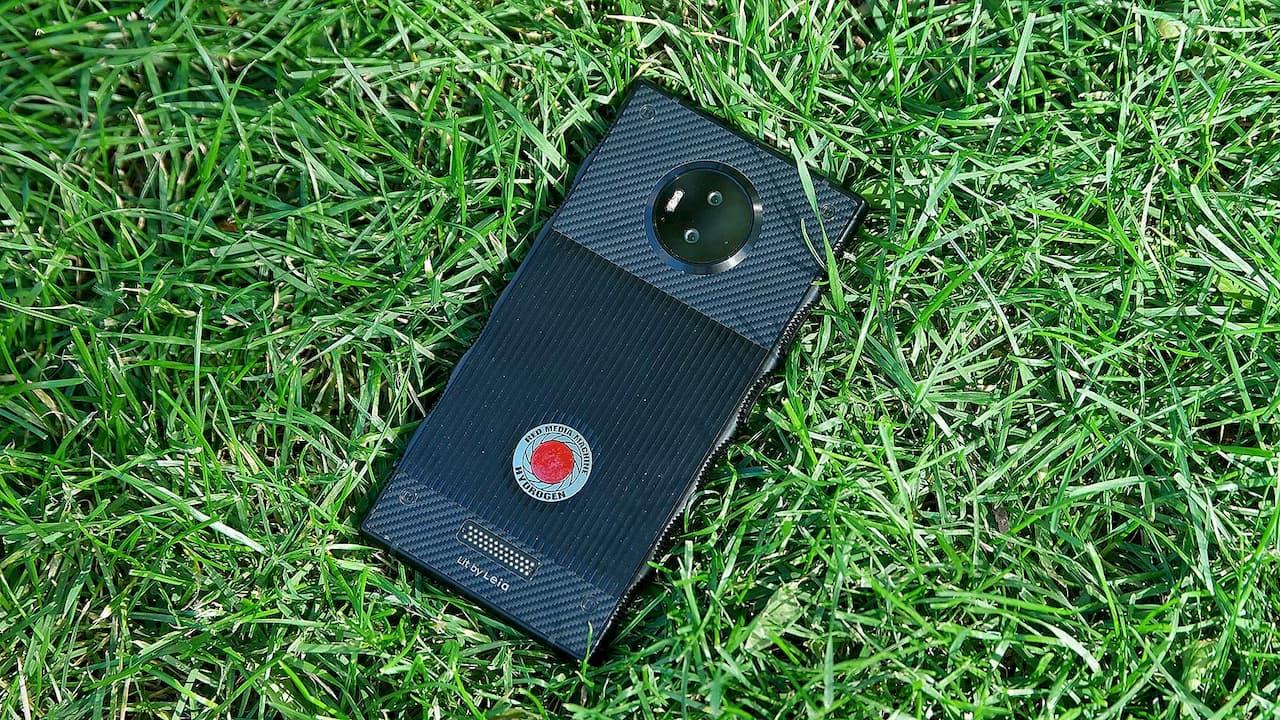 Smartphone com tela holográfica da RED vai para o beleléu