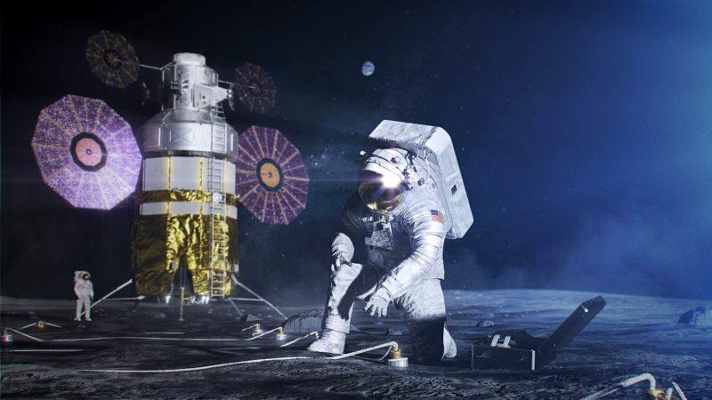 Novo traje espacial de astronautas da NASA permitirá que eles se agachem