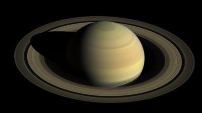 Saturno e seu anéis