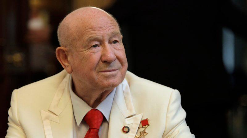 Como Alexei Leonov sobreviveu à primeira caminhada espacial