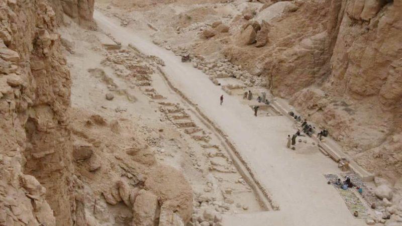 O local da escavação no Vale dos Macacos