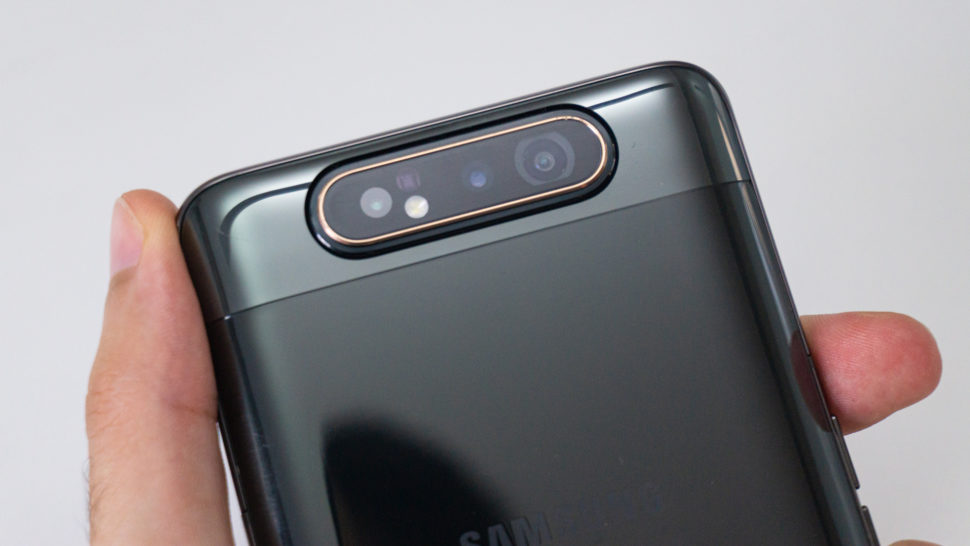 Detalhe da câmera do Galaxy A80