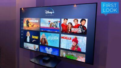 Interface do Disney+ em uma TV