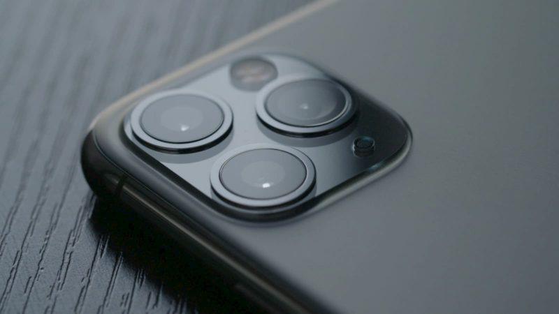 Detalhe das câmeras do iPhone 11 Pro