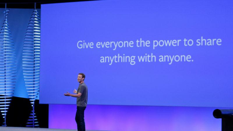 Mark Zuckerberg durante evento F8