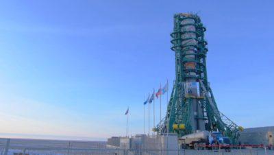 Foguete Soyuz, no Casaquistão, com os satélites da OneWeb