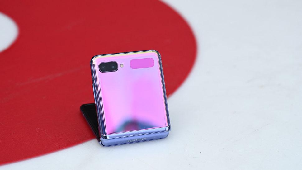 Galaxy Z Fold roxo
