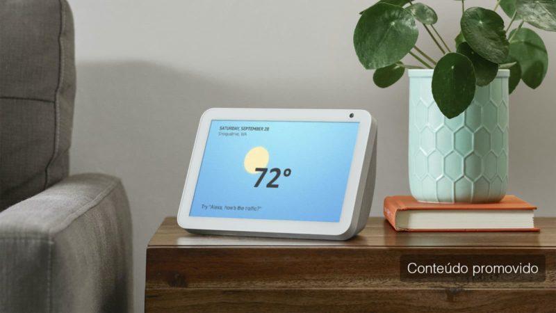 Amazon Echo Show 8 com selo de conteúdo impulsionado