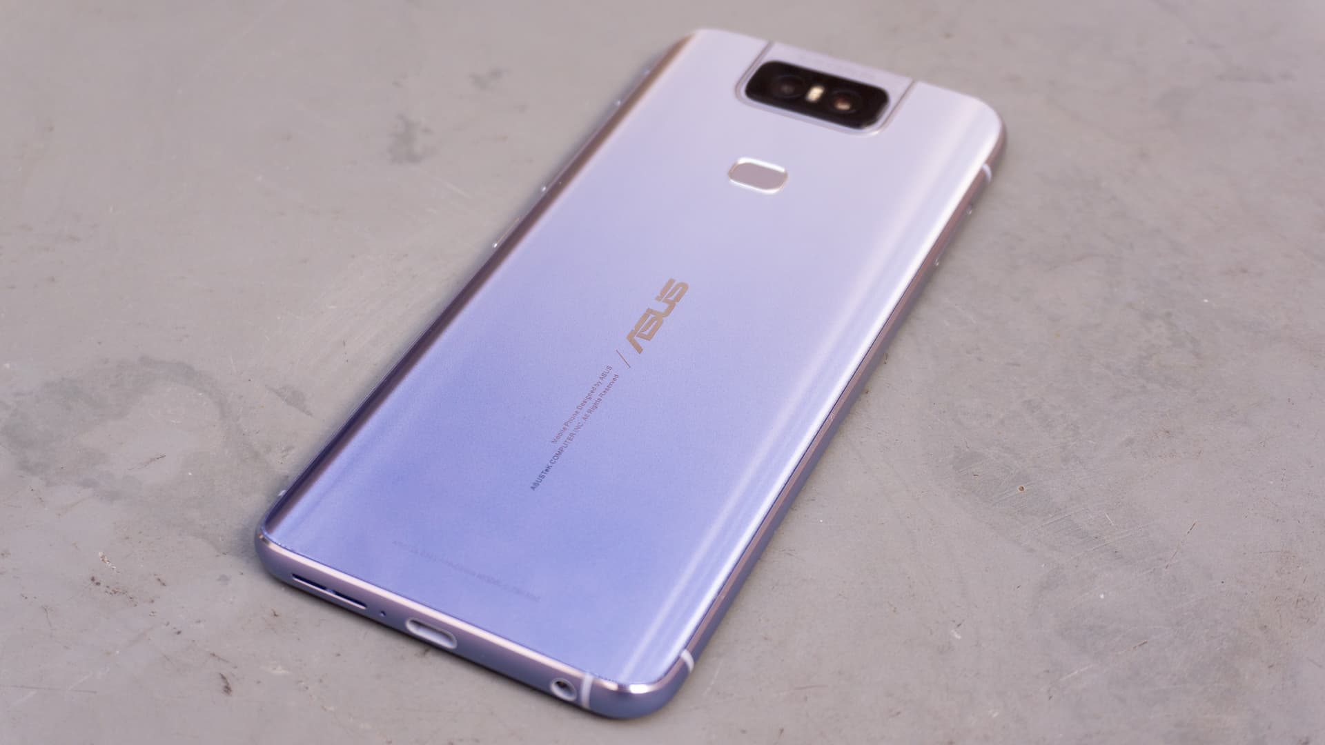 Traseira do Asus Zenfone 6