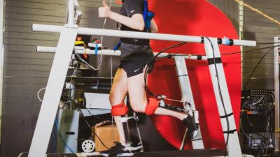 Exoesqueleto de tornozelo criado por pesquisadores de Stanford