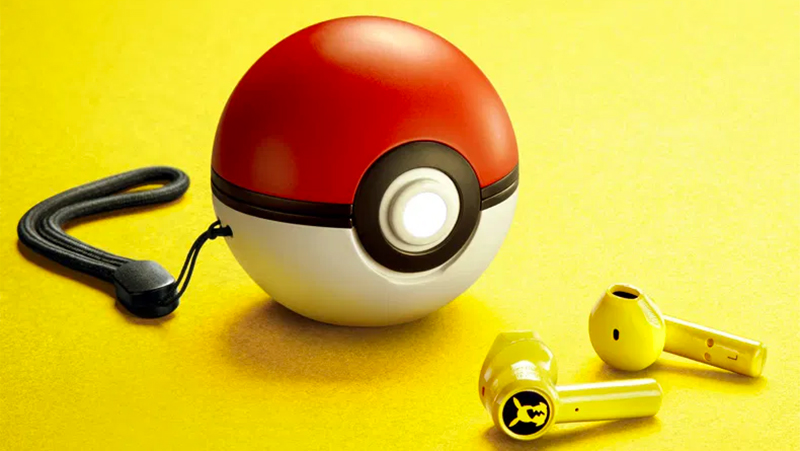 Fone de ouvido Razer do Pikachu com case de pokébola