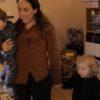 Stella Moris, mãe de dois filhos de Julian Assange, enquanto ele esteve na embaixada do Equador, em Londres. Crédito: Wikileaks/YouTube