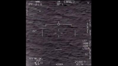 Captura de tela de um dos vídeos da Marinha