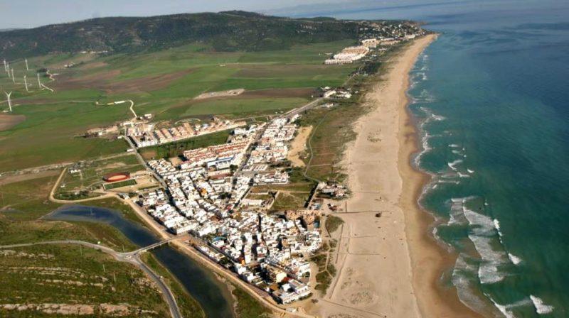 Praia de Zahara de los Atunes. Crédito: Kileando/Wikimedia